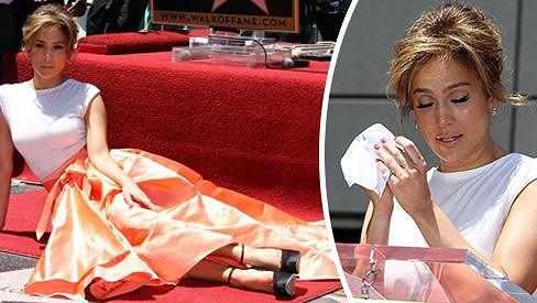 Jennifer Lopez u své hvězdy.