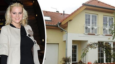 V tomto domě bydlí Ornella a její rodina.