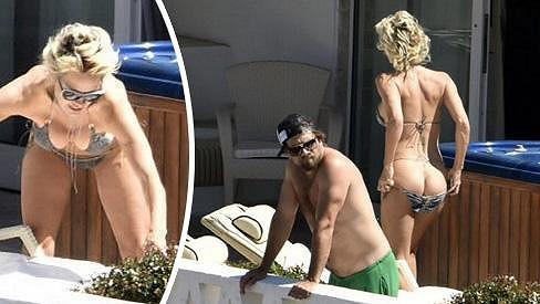 Pamela Anderson je stejně žhavá jako před 20 lety.