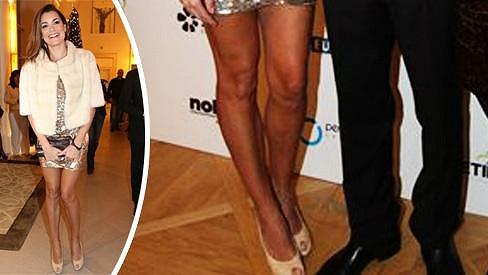 Alena má opravdu ukázkové nohy.