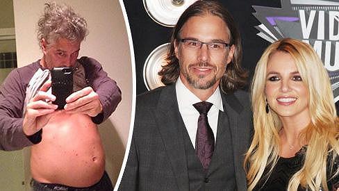Bývalý snoubenec Britney Spears pořádně nakynul.