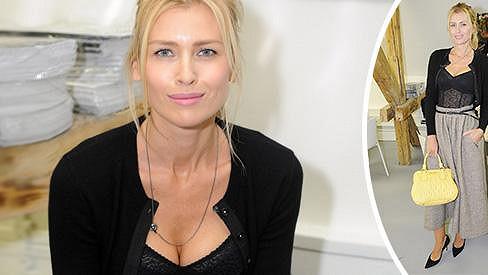 Daniela Peštová je krásná žena.