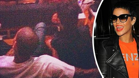 Rihanna s Chrisem na vystoupení rappera Jay-Z.