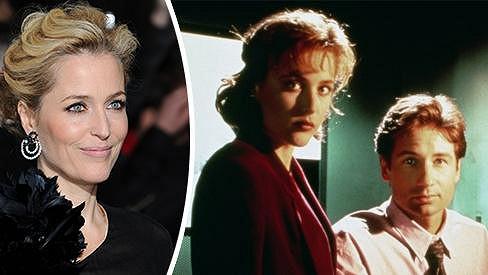 Agentka Scullyová je stále krásnější.