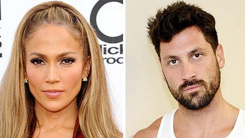 Jennifer Lopez údajně sbalila Maksima Chmerkovského.