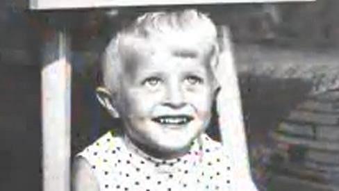 Poznáte toto roztomilé dítko?