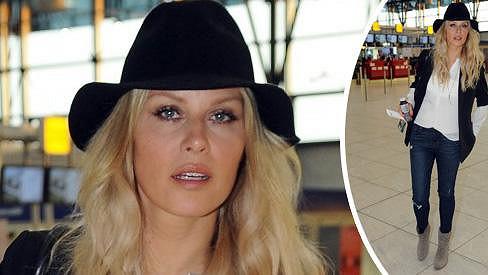 Simona Krainová na ruzyňském letišti