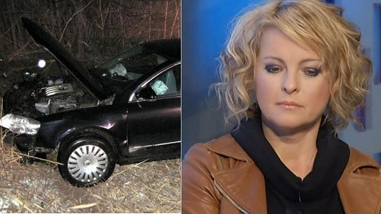 Auto, v němž jela Iveta Bartošová, má zdemolovaný předek.