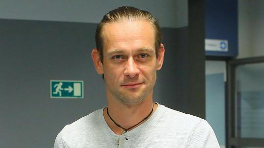 Jan Plouhar se objevuje pravidelně na obrazovkách.