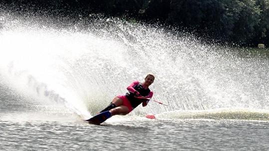 Jízda na vodních lyžích se jí stala osudnou.