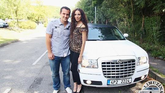 Olga Lounová a Míra Hejda si v limuzíně povídali o Karlu Gottovi
