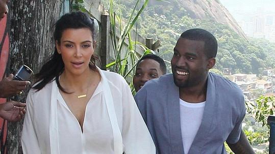 Kim Kardashian a Kanye West už vědí, co se jim narodí.