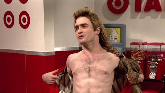 Daniel Radcliffe v televizním pořadu Saturday Night Live.