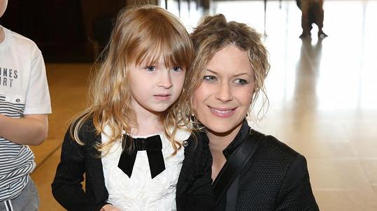 Kateřina Stočesová s dcerkou Annou Marií