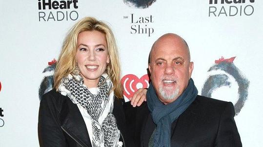 Billy Joel se v 68 letech stal tatínkem.