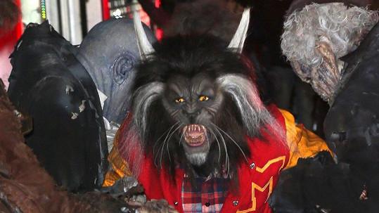 Heidi Klum jako děsivý vlkodlak