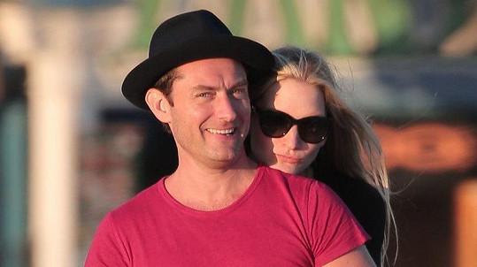 Jude Law s nyní již manželkou Phillipou
