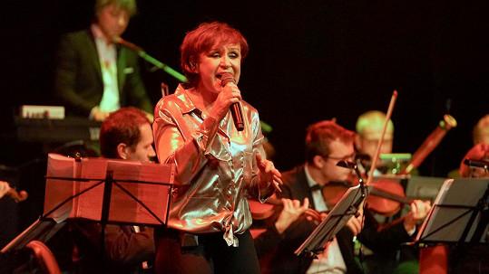 Petra Janů vystoupila v pražském Divadle Hybernia.