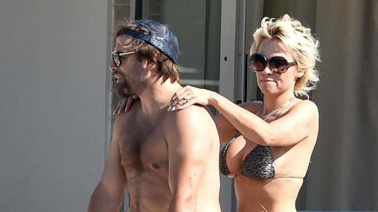 Pamela Anderson se s Rickem Salomonem podruhé rozvádět nebude... zatím.