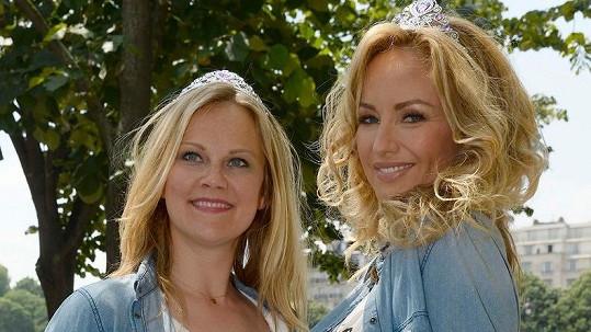Půvabné Slovenky Adriana a Natália žijí dlouhodobě ve Francii.