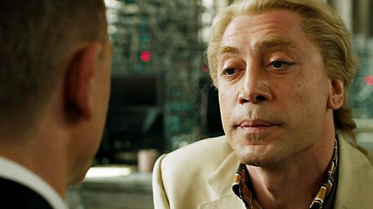 Javier Bardem si v bondovce Skyfall zahrál experta na počítačové technologie.