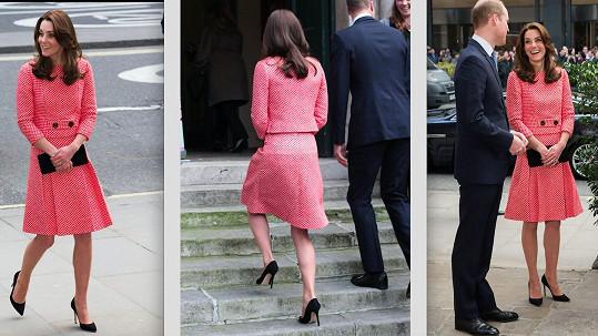 Outfit Kate opět poutal pozornost.