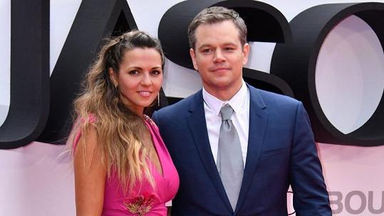 Matt Damon má atraktivní manželku.