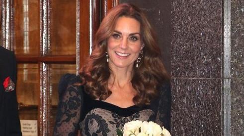 Vévodkyně Kate zatrhla Georgeovi a Charlotte večerní program. Větou, která v dětství štvala ivás