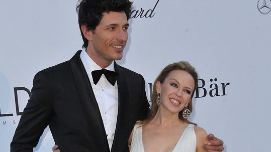 Kylie Minogue a Andres Velencoso