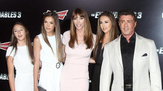 Sylvester Stallone s manželkou a dcerami