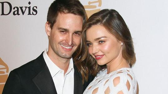 Miranda a Evan tvoří dokonalý pár.
