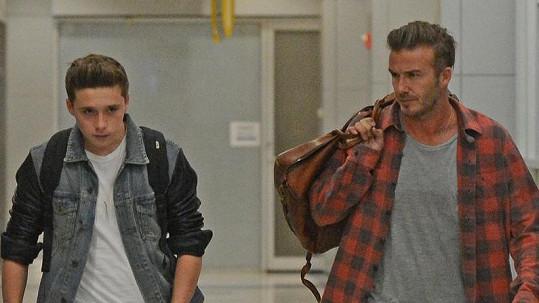 David Beckham havaroval se synem Brooklynem.