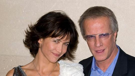 Sophie Marceau a Christopher Lambert se rozvádějí.