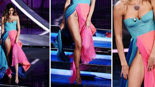 Argentinka Belen Rodriguez si na moderování hudebního festivalu v Sanremu vzala hodně odvážné šaty.