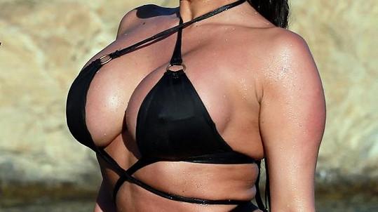 Modelka Lexy Stevens potěší všechny horňáky.