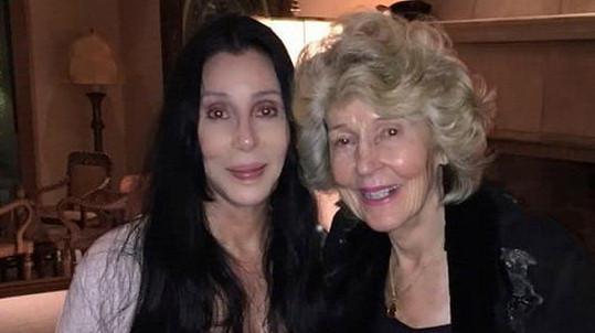 Těmto dámám je dohromady téměř 160 let!