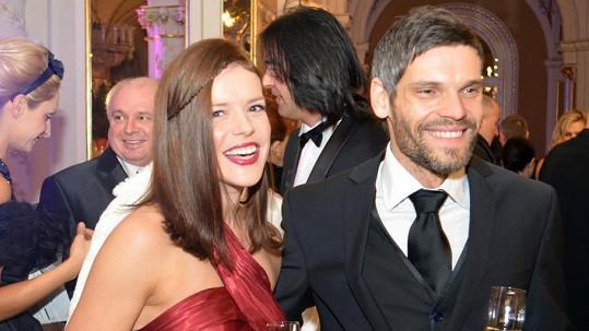 Andrea poprvé vyrazila na brněnský Ples v Opeře s přítelem Mikolášem Růžičkou.