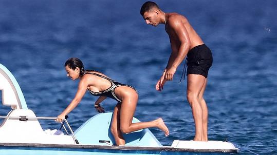 Kourtney Kardashian a její zajíček