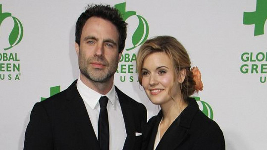 Maggie Grace se zasnoubila s Matthewem Cookem.