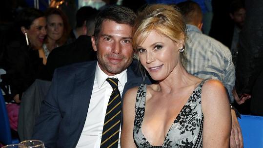 Julie Bowen s manželem Scottem Phillipsem