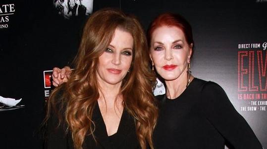 Priscilla a Lisa Marie na premiéře muzikálu The Elvis Experience
