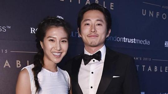 Steven Yeun a Joana Pak jsou od soboty manželi.