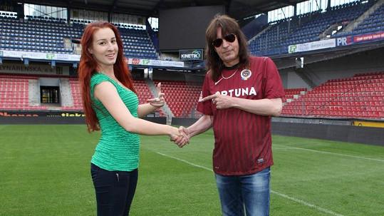 Aleš Brichta s přítelkyní Ninou