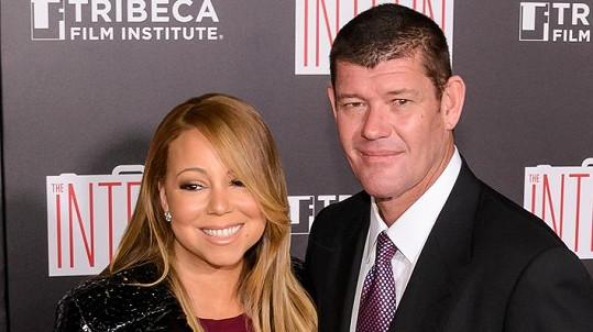 Mariah Carey a James Packer tvoří zamilovaný pár.