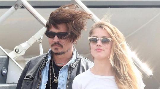 Johnny Depp a Amber Heard se dokázali dohodnout na výši vyrovnání.