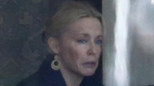Kylie Minogue se zdála být hodně skleslá.