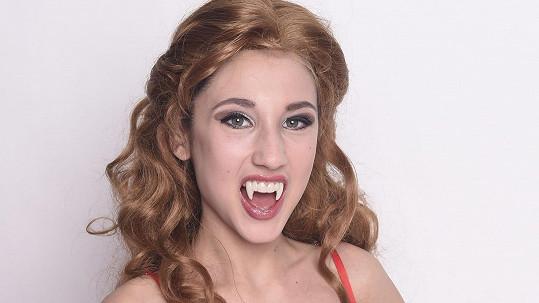 Natálie Grossová je nejen zpěvačka, ale i stepařka.