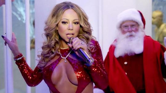 Mariah natočila žhavé vánoční video.