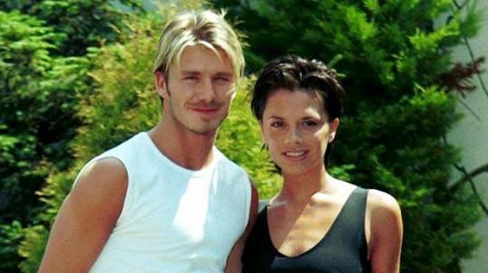 David a Victoria Beckhamovi těsně před svatbou v roce 1999