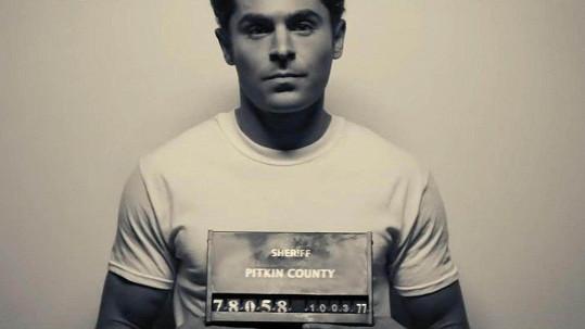Zac Efron si zahrál sériového vraha.